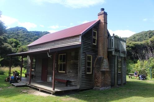 Wharawharangi Hut